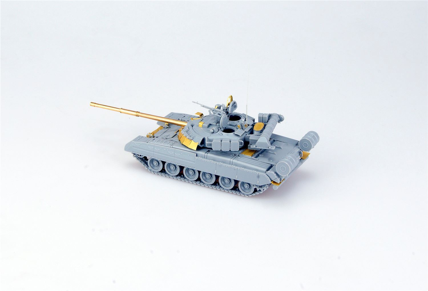 0001980_t-80u-main-battle-tank.jpeg