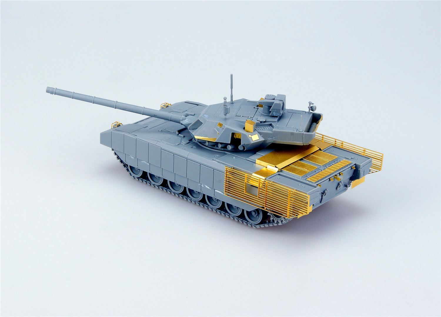 0002167_russian-t-14-armata-main-battle-