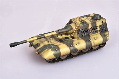 Picture of German WWII jagdpanzer E100 tank destory with  170mm gun, 1946 , Camouflage