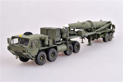 Picture of U.S. Army M983 Hemtt tractor and Pershing II tactical missile
